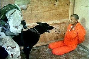 guantanamo_guardia_prisionero