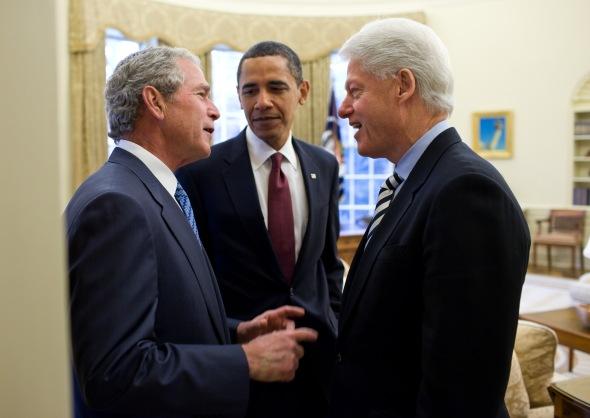 Obama_Bush_and_Clinton_discuss_the_2010_Haiti_earthquake